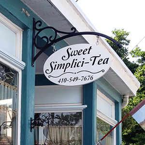 Sweet Simplicitea Outside